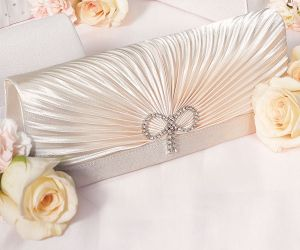 best wedding dresses - 1920 s wedding theme - 1920s wedding clutch.jpg