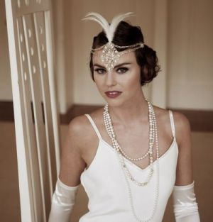 unique wedding dresses - wedding dress 20s style - 1920s bridal hair - flapper fashion.jpg