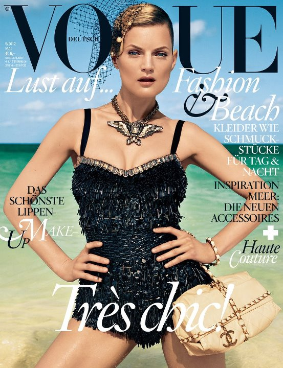 know your fashion history vogue magazine covers 2000 2012. Black Bedroom Furniture Sets. Home Design Ideas