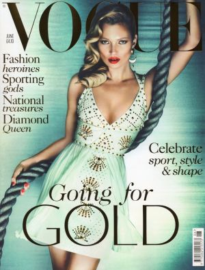 Kate-Moss-Vogue-UK-June-2012-01.jpg