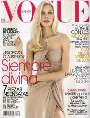 Vogue magazine covers - wah4mi0ae4yauslife.com - Vogue Espana January 2010.jpg