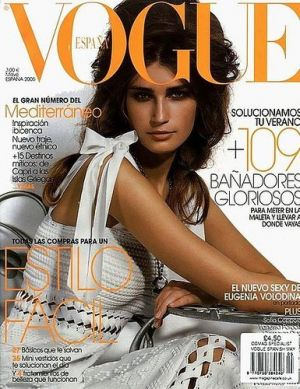 Vogue magazine covers - mylusciouslife.com - Vogue Espana May 2005 - Eugenia Volodina.jpg