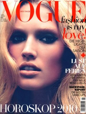 Vogue magazine covers - wah4mi0ae4yauslife.com - Vogue Germany January 2010.jpg