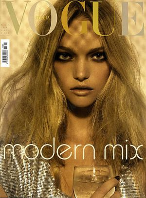 Vogue magazine covers - mylusciouslife.com - Vogue Italia May 2007 - Gemma Ward.jpg