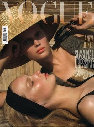 Vogue magazine covers - mylusciouslife.com - Vogue Italia November 2008 - Katrin Thorm.jpg