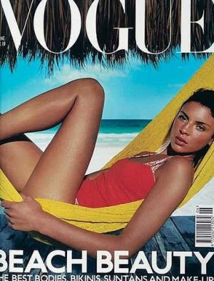 Vogue magazine covers - mylusciouslife.com - Vogue UK June 2000.jpg