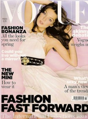 Vogue magazine covers - wah4mi0ae4yauslife.com - Vogue UK March 2007.jpg