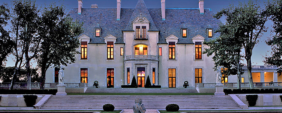 Gatsby style embrace the lifestyle of the great gatsby Great gatsby house tour