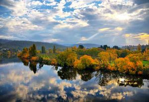 New Norfolk_autumn woodlands - hobart tasmania tourism.jpg