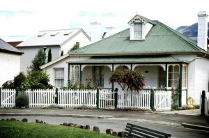 beautiful Historical_homes_Hobart - via the Luscious blog mylusciouslife.jpg