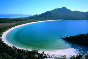 beautiful scenic pictures in tasmania - hobart tasmania tourism attractions.jpg