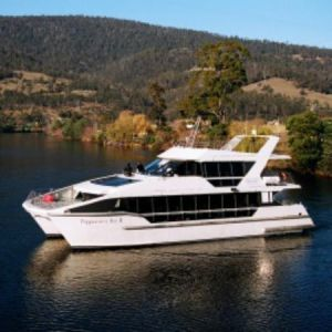 hobart tasmania tourism - peppermint-bay-day-cruises.jpg