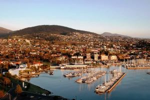 hobart tourism - water views - hobart tasmania tourism pictures.jpg