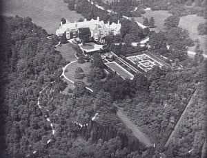 Aerial View of Ormston House The Aldred Estate at Lattingtown New York.jpg