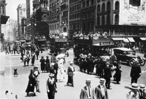 American history in photos - New York in black and white images.jpg