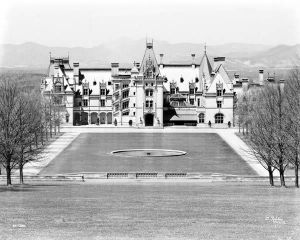 Biltmore in Asheville North Carolina.jpg