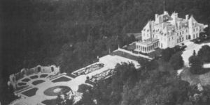 Harbor Hill mansion.JPG