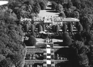 Meudon mansion from above.jpg