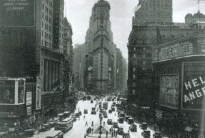 New York city vintage photo inspiration - bustling city pictures.jpg