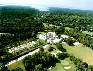 Oheka Castle Mansion NY Aerial View.jpg