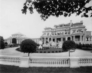 Pembroke-mansion.jpg