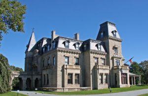Rhode-Island-Newport-Chateau-sur-Mer.jpg