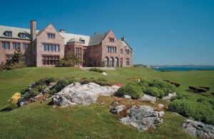 Rhode-Island-Newport-Rough-Point-exterior.jpg