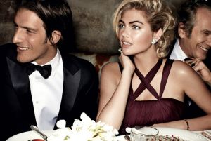 Kate Upton by Mario Testino for Vogue US June 2013 - dinner.jpg