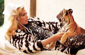 Kate-Upton-Harpers-Bazaar-Tiger-Editorial.jpg