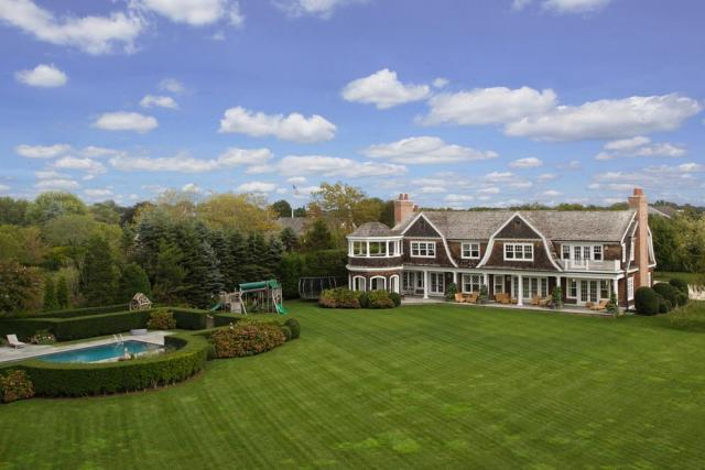 Inside Ellen Pompeo's Hamptons House in Sag Harbor ...