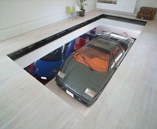 STYLISH HOME: Luxury garage design