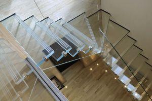 modern-and-elegant-glass-stair-case.jpg