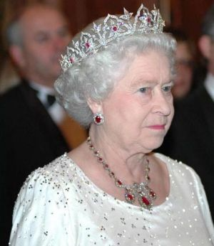 Crowns for a queen - oriental-circlet-tiara-Queen.jpg