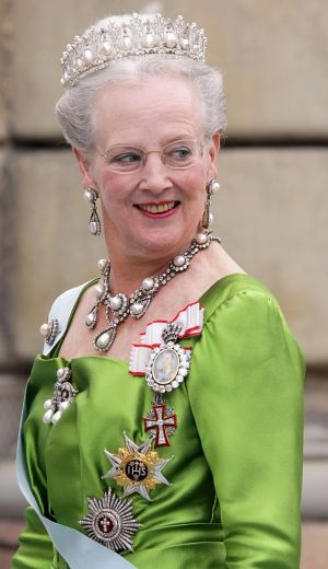 Crowns for a queen - queen margarethe wearing royal tiara.jpg