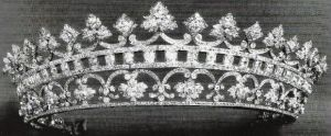 Historic tiara - Diamond Tiara of Strawberry Leaves.JPG