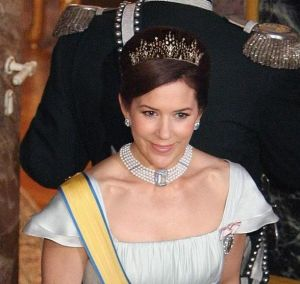 Historic tiaras - princess mary Russian diadem tiara.jpg