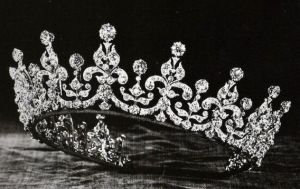 Queen Mary Girls of Great Britain and Ireland Tiara.JPG
