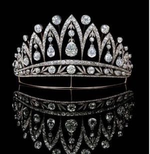 Royal crowns - Antique Diamond tiara by Faberge.JPG