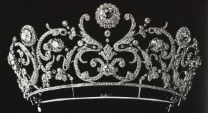 Royal jewels - royal tiara.jpg