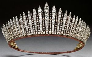 Royal jewels - tiara_royal jewellery.jpg