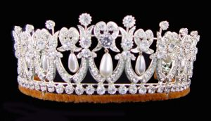 The royal jewels - The-Cambridge-Lovers-Knot-Tiara.jpg
