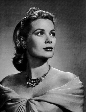 Wearing tiaras - grace-kelly-tiara.jpg