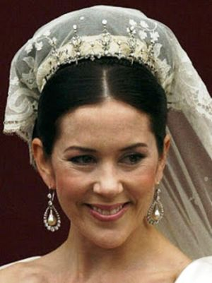 Wedding tiara - Crown Princess Mary Wedding Dress Tiara Earrings.jpg