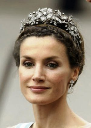 princess-letizia-at-the-wedding-of princess victoria.jpg