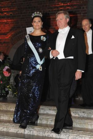 Best royal maternity style - Princess Victoria of Sweden maternity style in 2011.jpg