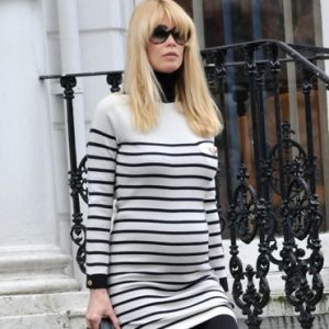 Celebrity maternity fashion - Claudia Schiffer supermodel pregnancy style.jpg