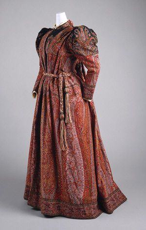 Maternity clothing archive - historic dress.jpg