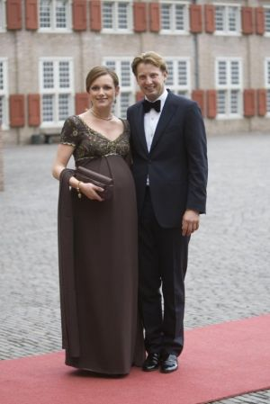 Modern pregnancy style - Princess Aimee of the Netherlands maternity style 2007.jpg