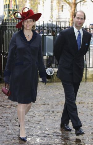 Sophie the Countess of Wessex pregnant in 2007.jpg