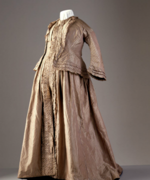 Vintage maternity clothing - Maternity dress ca 1858-60 England Powerhouse Museum.png
